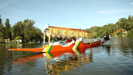 Boating ,The Carlton, 5 Star Hotel in Kodaikanal , Hotels near Kodaikanal lake, Kodai Hotels, Best 5 star hotels in kodaikanal, Carlton Kodaikanal