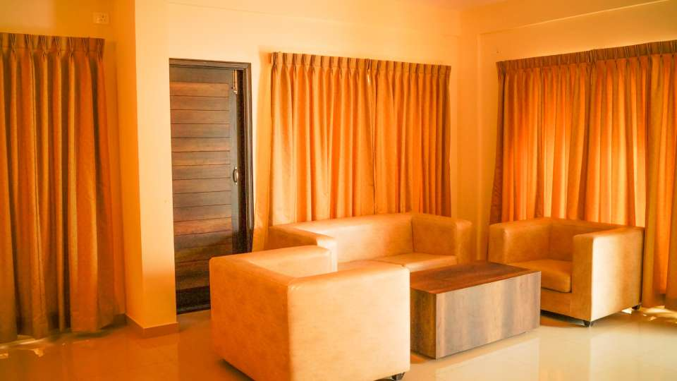 Hotel Royal Serenity, Kamanahalli, Bangalore Bangalore Seating Hotel Royal Serenity Kamanahalli Bangalore