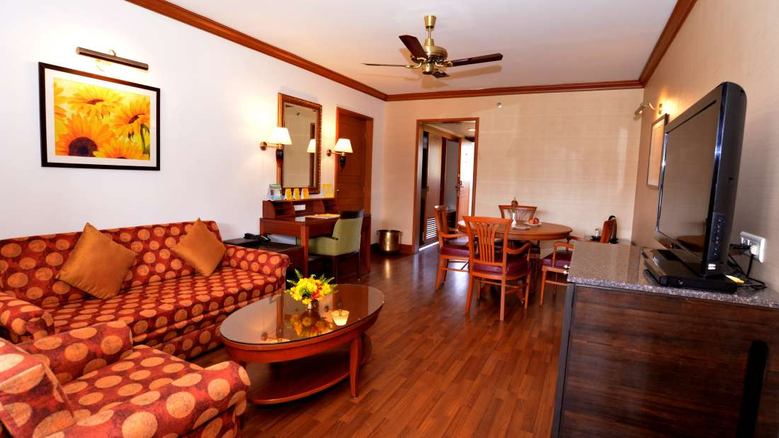 Premium Suites at The Carlton Hotel , Kodaikanal Resorts , Suites in Kodaikanal 5