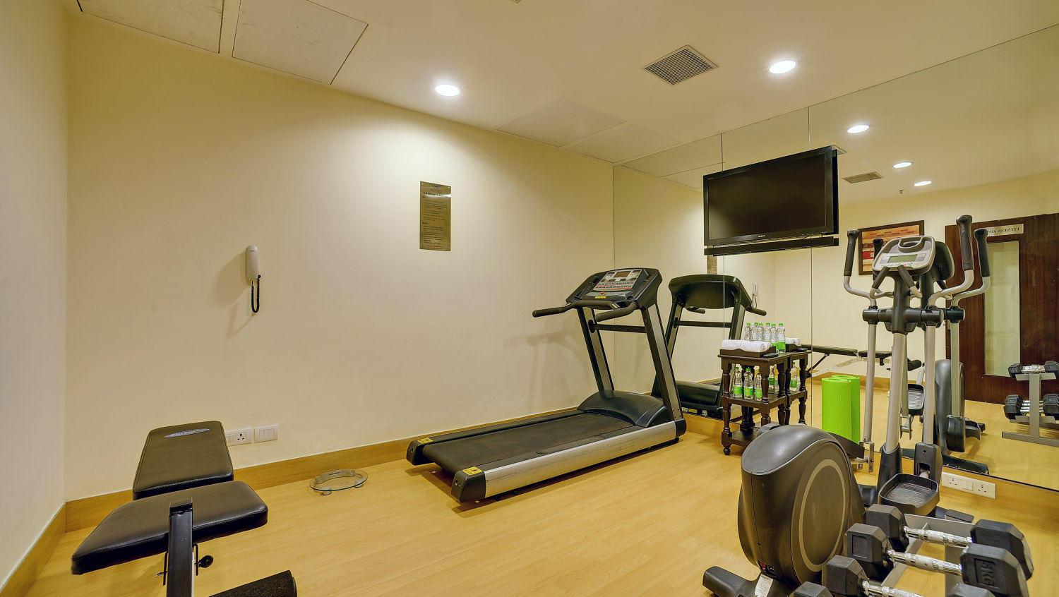 Gym at The Muse Sarovar Portico Nehru Place New Delhi