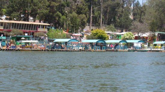 Ooty Lake Boating carlton kodaikanal. 5 Star Hotel in Kodaikanal