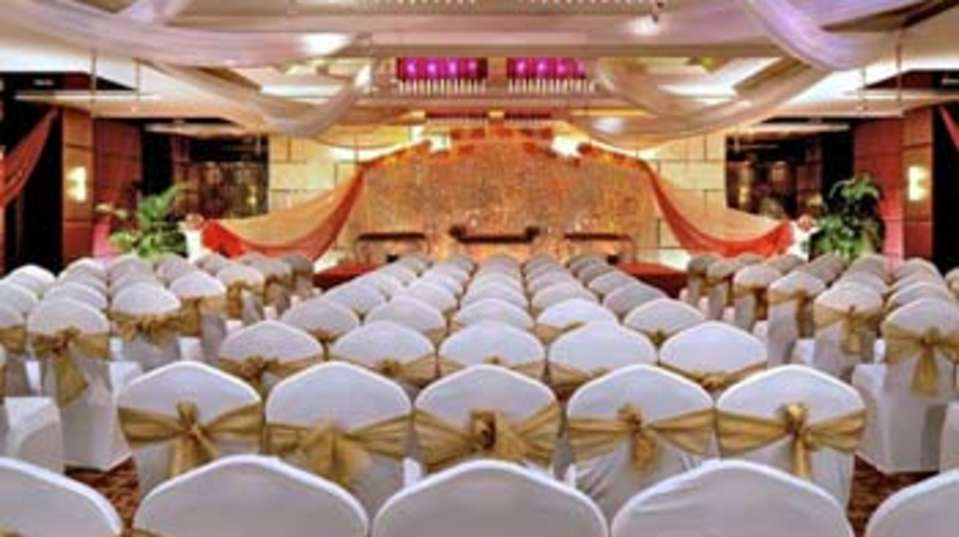 marigold banquet hall at Hotel Residency Sarovar Portico Mumbai