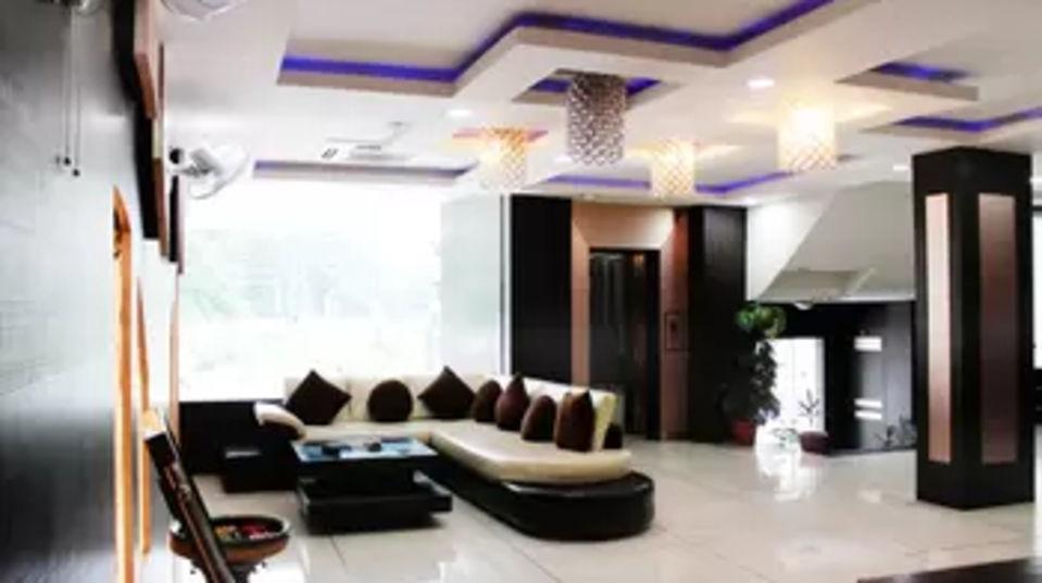 Lobby at hotel dream land in haridwar  haridwar hotels 1