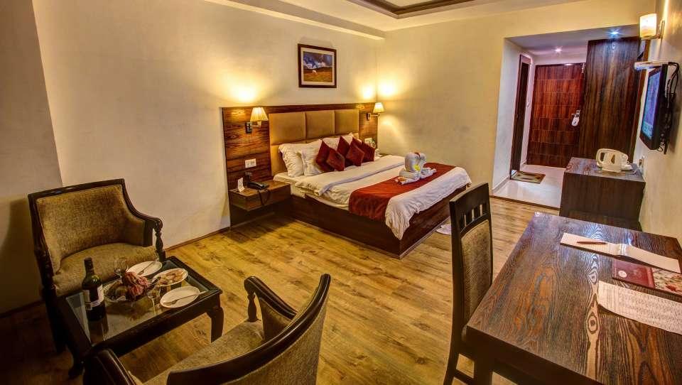 Sandhya Resort and Spa Manali Luxury Room Sandhya Resort and Spa Manali 9