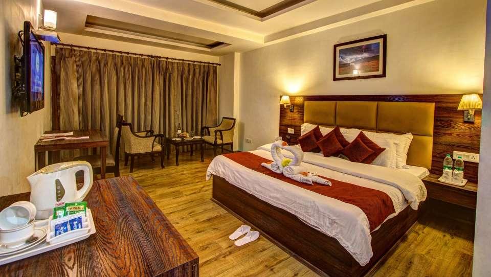Sandhya Resort and Spa Manali Luxury Room Sandhya Resort and Spa Manali 7