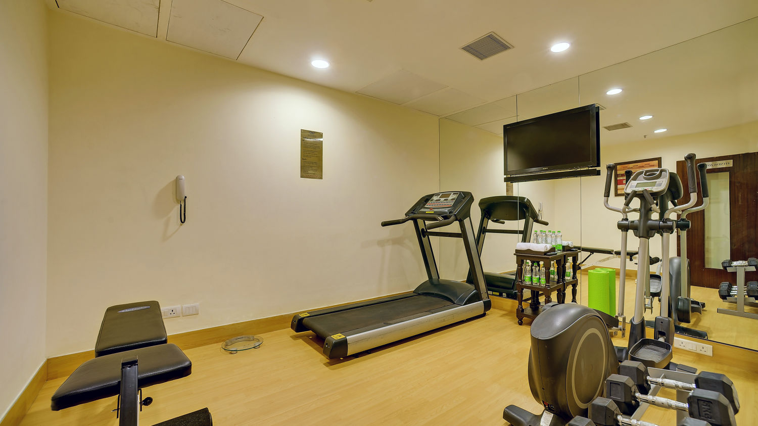 Gym at The Muse Sarovar Portico Nehru Place New-Delhi