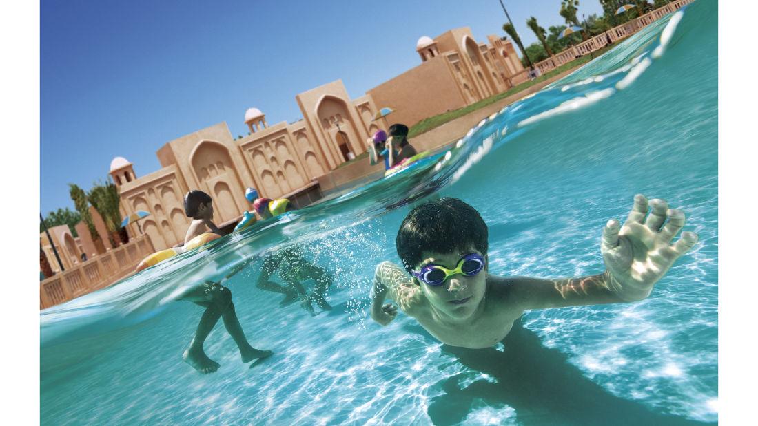 Wonderla Amusement Parks & Resort  Under Water  wave pool Hyd