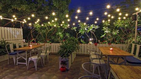 Jaipour Cafe Hotel Devraj Niwas Jaipur 6