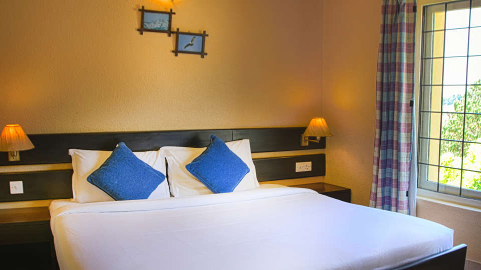 Green Pasture Resort in Kodaikanal by Hill Country Hotels and Resorts Deluxe Suite 3