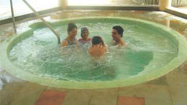 Open Air Jacuzzi at The Retreat Hotel and Convention Centre Madh Island, Mumbai makes it a great weekend getaway from Mumbai