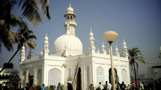 Haji Ali Dargah Mumbai, The Ambassador Hotel Mumbai, places to visit in Mumbai