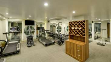 Gym at Nidhivan Sarovar Portico Vrindavan, best hotels in vrindavan