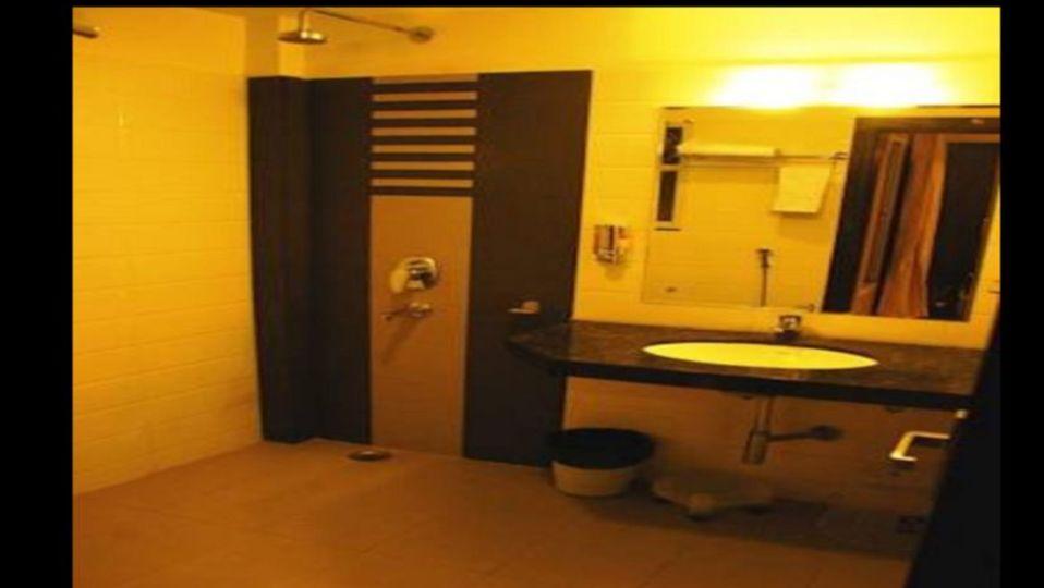 Grand Execuitve Rooms at Grand Ashirwar Beacon Hotel at Bhopal 1