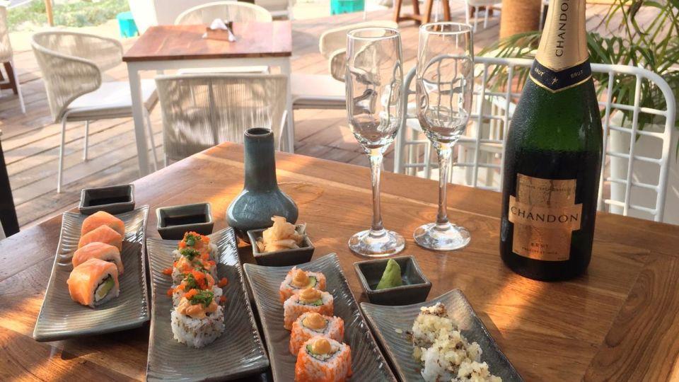 Restaurant in Morjim, Living Room Beach Resort 6