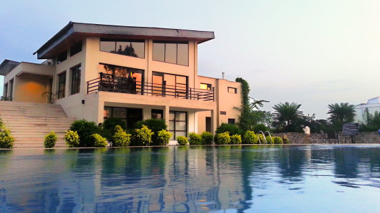 facade, The Golden Tusk Ramnagar, Ramnagar resort 8