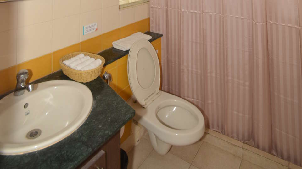 Sherwood Suites  Deluxe Room Washroom Sherwood Suites in Marathahalli