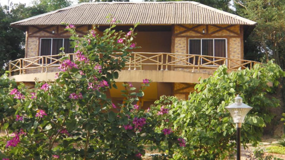 facade of Summit Green Village Resort Spa