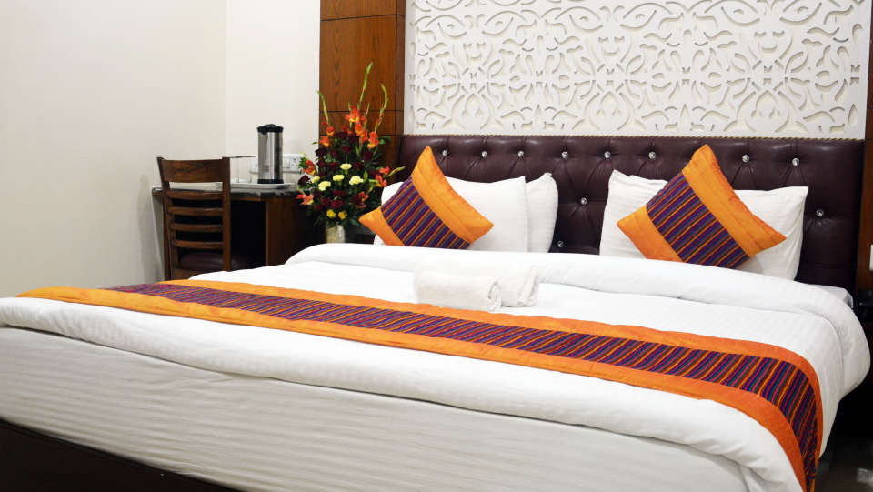 Hotel Trinity Corporate Suites, Sector 21, Gurgaon Gurgaon Club Room Hotel Trinity Corporate Suites Sector 21 Gurgaon 4