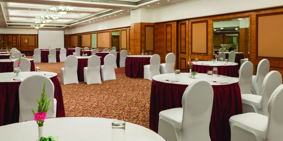 Banquet Hall at Hotel Ramada Plaza Palm Grove Juhu Beach Mumbai, 5 Star Banquets in Juhu Mumbai