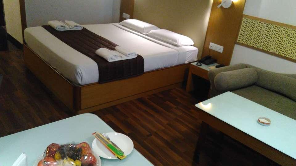 Maurya Hotel, Bangalore Bangalore Executive Room Hotel Maurya Bangalore 2