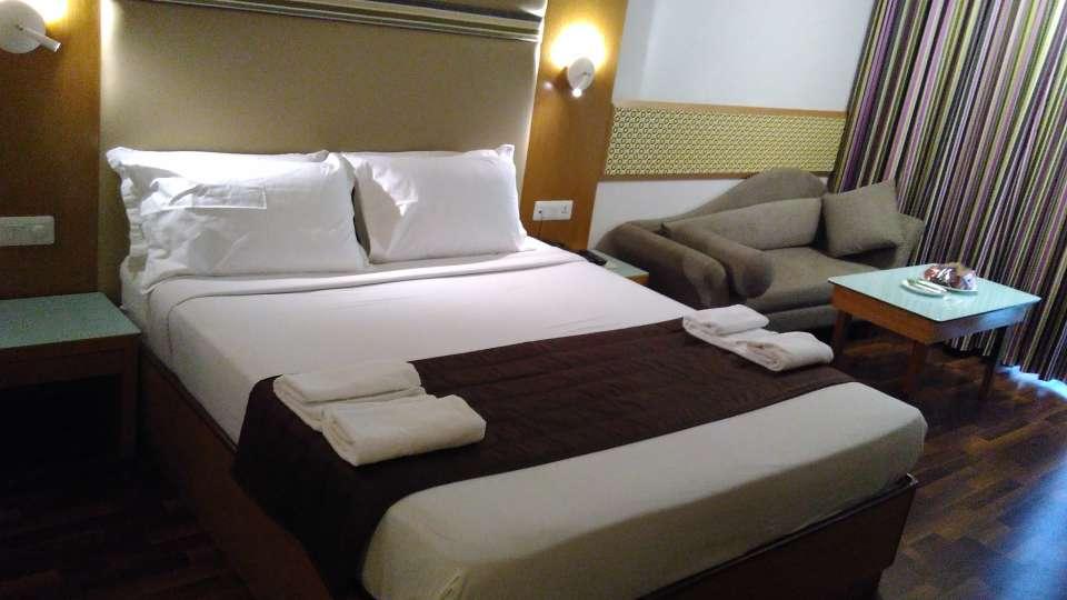Maurya Hotel, Bangalore Bangalore Executive Room Hotel Maurya Bangalore 5