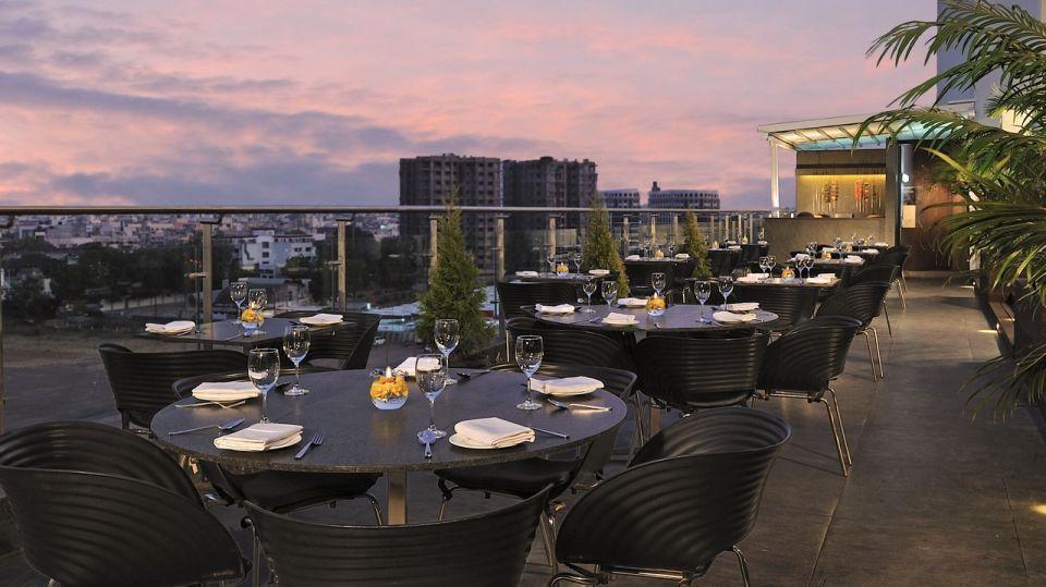 sky loung bar in Rajkot, only non-vegetarian restaurant in Rajkot, Marasa Sarovar Portico Rajkot, 5 star hotel in rajkot