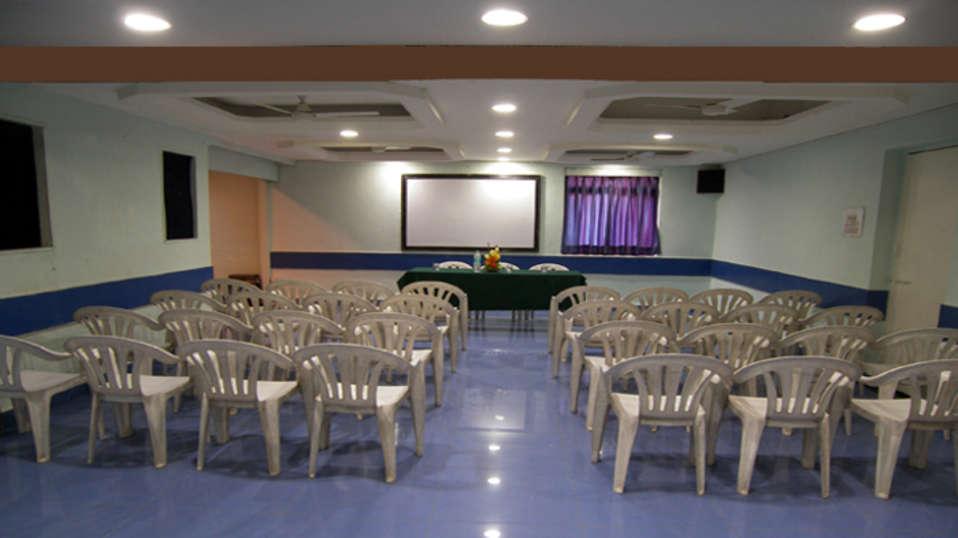 Hotel Raviraj, Pune Pune MayurHall hotel raviraj pune