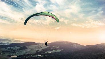 Ramgarh Heritage Villa Manali paragliding