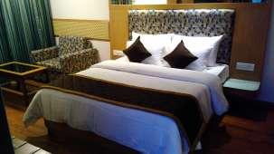 Maurya Hotel, Bangalore Bangalore Deluxe Room Hotel Maurya Bangalore 3
