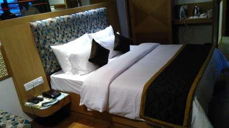 Maurya Hotel, Bangalore Bangalore Deluxe Room Hotel Maurya Bangalore