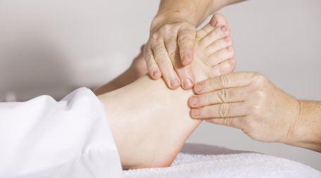 feet massage our native village