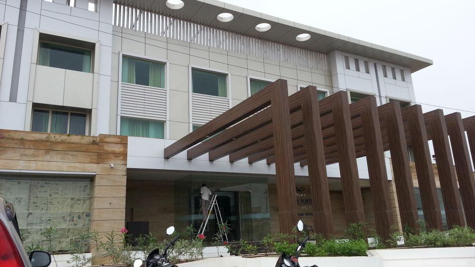 Ambar Sarovar Gandhidham , Facade, best business hotels in gandhidham 1