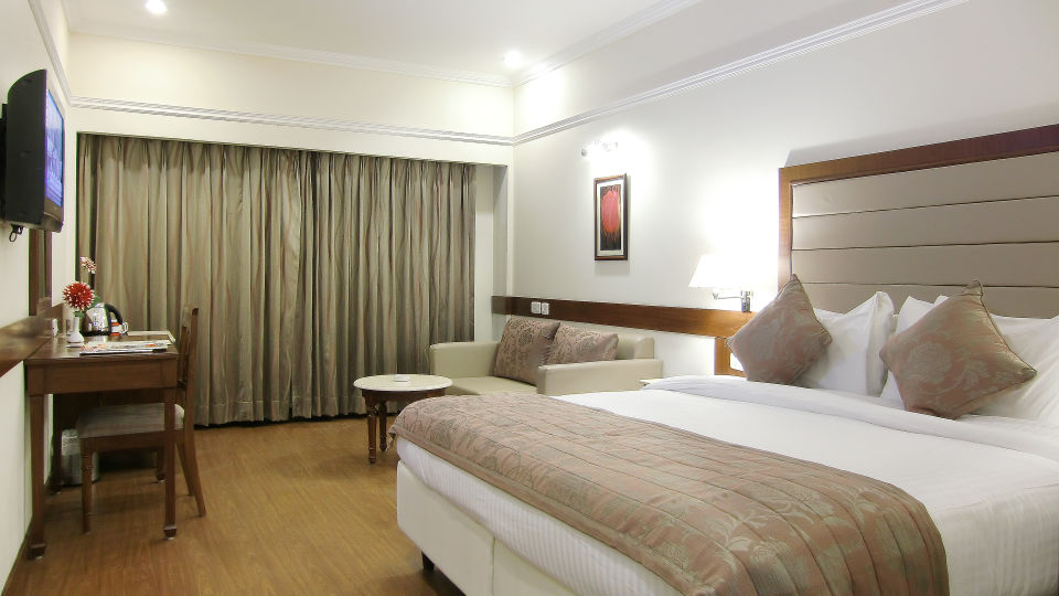 Valley Rooms in Mussoorie, Stay in Mussoorie, Hotel Madhuban Sarovar Portico, Mussoorie