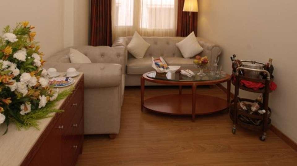 Hotel Paraag, Rajbhavan Road, Bangalore Bengaluru Executive room HP.jpg1