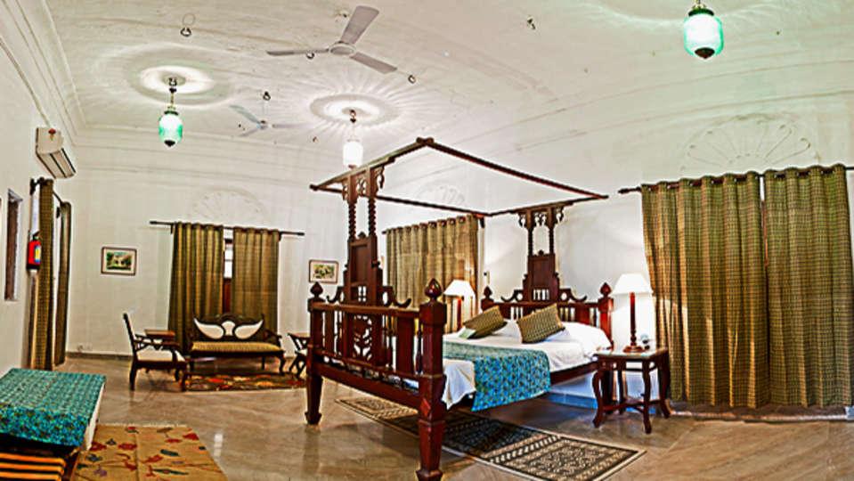 Deo Bagh - 17th C, Gwalior Gwalior Sakhya Raja Mahal Deo Bagh Gwalior