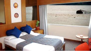 Hotel in Kolkata, Sunset Rooms in Floatel, Hotel Rooms in Kolkata 2