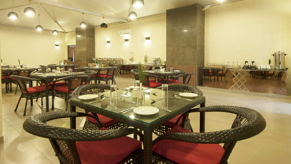 Le ROI Haridwar Hotel Haridwar Restaurant Le Roi Haridwar Hotel 4