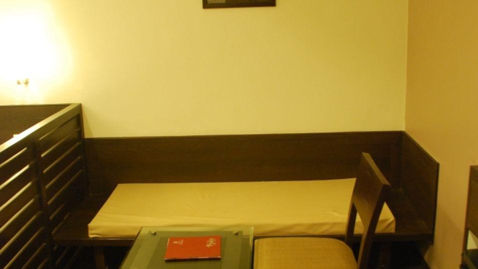 Grand Execuitve Rooms at Grand Ashirwar Beacon Hotel at Bhopal 5