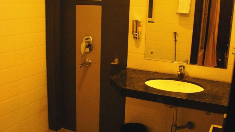 Grand Execuitve Rooms at Grand Ashirwar Beacon Hotel at Bhopal 7