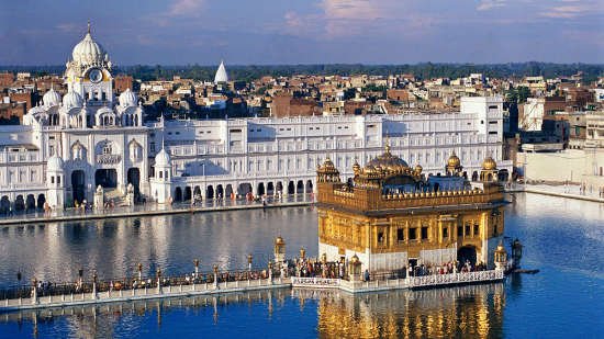 Hotels near golden temple, Evoke Avaas Lifestyle