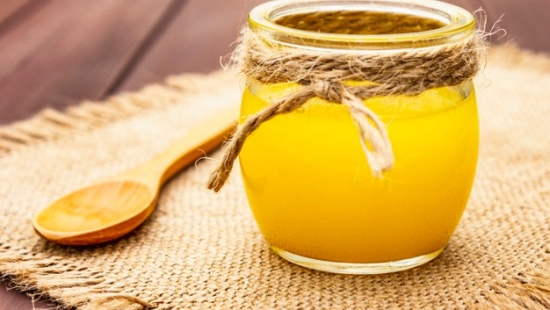 pure-desi-ghee-ghi-clarified-melted-butter 164638-4744
