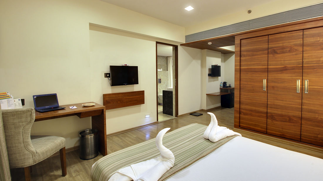 shirdi rooms, shirdi accommodation, hotel temple tree shirdi, hotels in shirdi  ETY5YEWDDJunior Suite 2