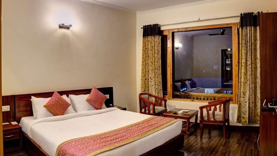 Deluxe Room at Summit Chandertal Regency Hotel Spa Manali 4