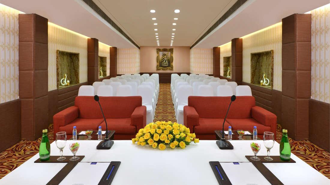 Banquet Halls in New Delhi, Taurus Sarovar Portico New Delhi, luxury hotel in New Delhi