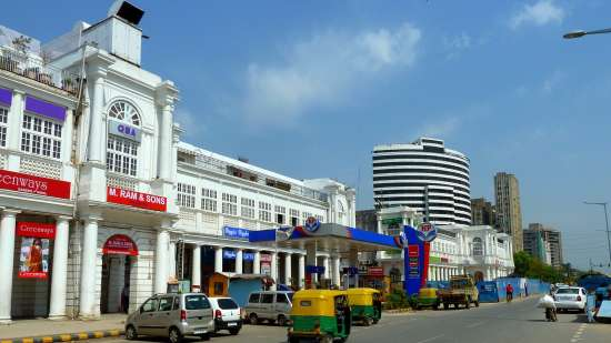 Connaught Place near Hotel Southern, Hotel Near New Delhi railway station