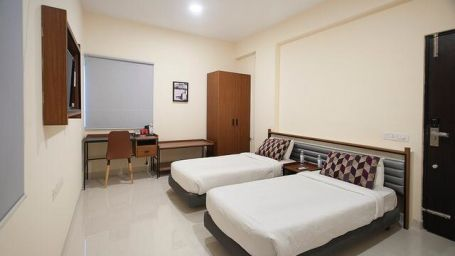 Purple Cloud Hotel, hotel rooms near Bangalore Airport, Bangalore hotel1
