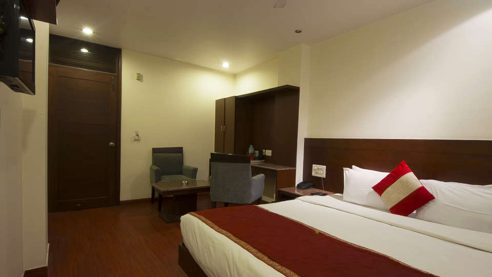 Hotel The Raj, New Delhi New Delhi Executive Room Hotel The Raj New Delhi