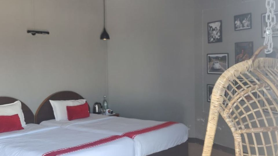 Woodstock Farmhouse   Budget Hotels Near Shillong