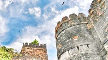 Uparkot Fort Bellevue Sarovar Portico Junagadh