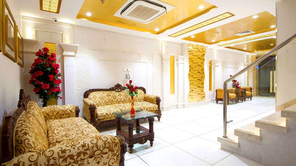 Hotel Swaran Palace, Karol Bagh, New Delhi New Delhi lobby old 4 Hotel Swaran Palace Karol Bagh New Delhi